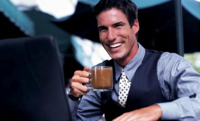 businessman-drinking-coffee