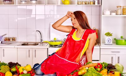 unhappy-woman-in-kitchen