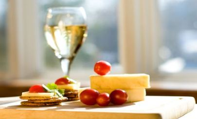 cheese-wine-crackers-pic