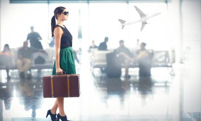 woman-at-airport