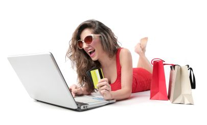 woman-shopping-online